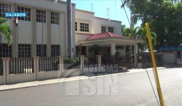 Ayuntamiento de Dajabón sigue cerrado por empleados con síntomas de COVID-19