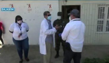 Aplican pruebas rápidas a empleados de zona franca en Dajabón