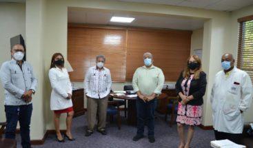Chanel Rosa se reúne con CMD y AMIDSS, anuncia nuevas medidas a favor de médicos