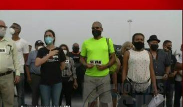 Realizan vigilia frente a JCE para exigirgarantías a electores durante comicios