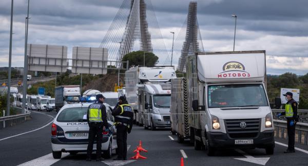 """España aclara que abrirá la """"movilidad internacional segura"""" el 1 de julio"""