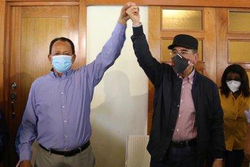 Presidente Medina visita Dajabón y se reúne con aspirante a senador
