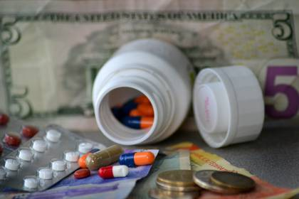Pruebas con ibuprofeno para el posible tratamiento del coronavirus en R.Unido
