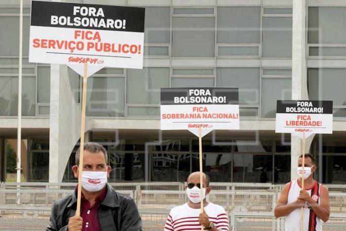 Protestas en pro y contra Bolsonaro aumentan tensión con pandemia en escalada