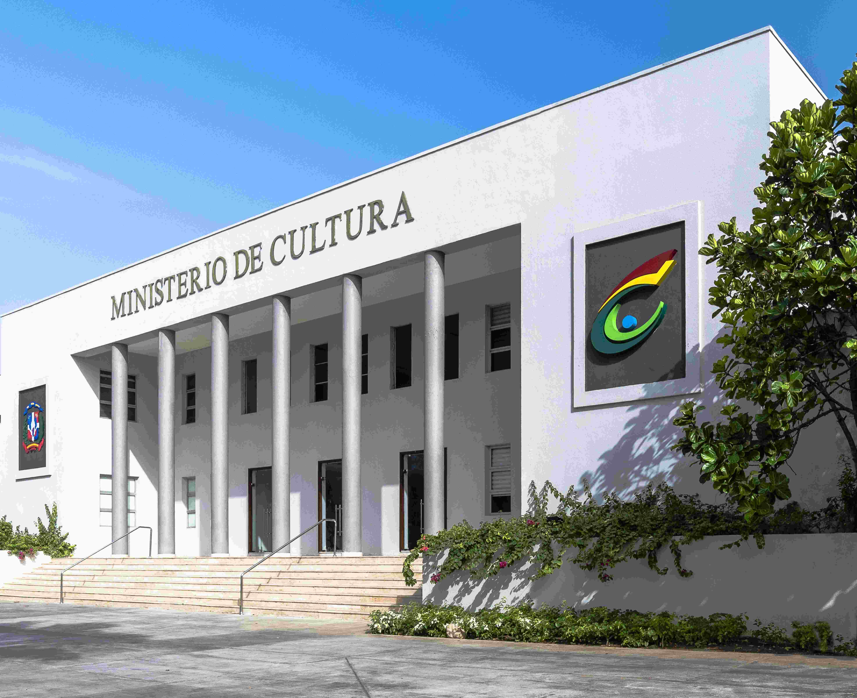 Ministerio de Cultura pospone operaciones de compras y contrataciones pendientes