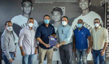 Movimiento Nacional Deportivo presenta propuestas a favor del béisbol a Fenapepro
