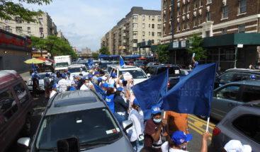 Perremeistas y aliados en Manhattan realizan kilométrica caravana