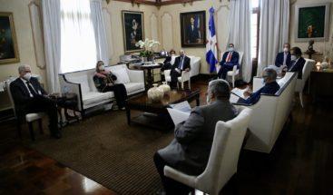 Medina encabeza reunión de evalución de medidas contra el COVID-19
