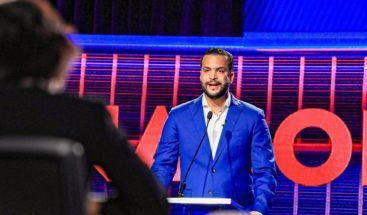 A ritmo de rap Rafael Paz se despide en el debate ANJE