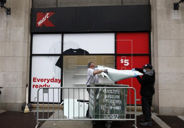 Nueva York ayudará a empresas saqueadas en reapertura y sitúa fase 2 en julio