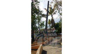 Piden reparar poste del tendido eléctrico en Sabana Perdida