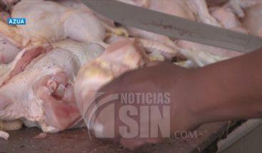Libra de pollo supera los 60 pesos en Azua