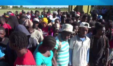Devuelven a cientos de haitianos que han intentado ingresar al país por la frontera