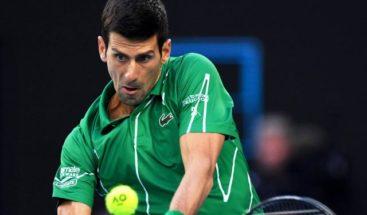 Djokovic se sometió a un test por la COVID-19 y espera resultados