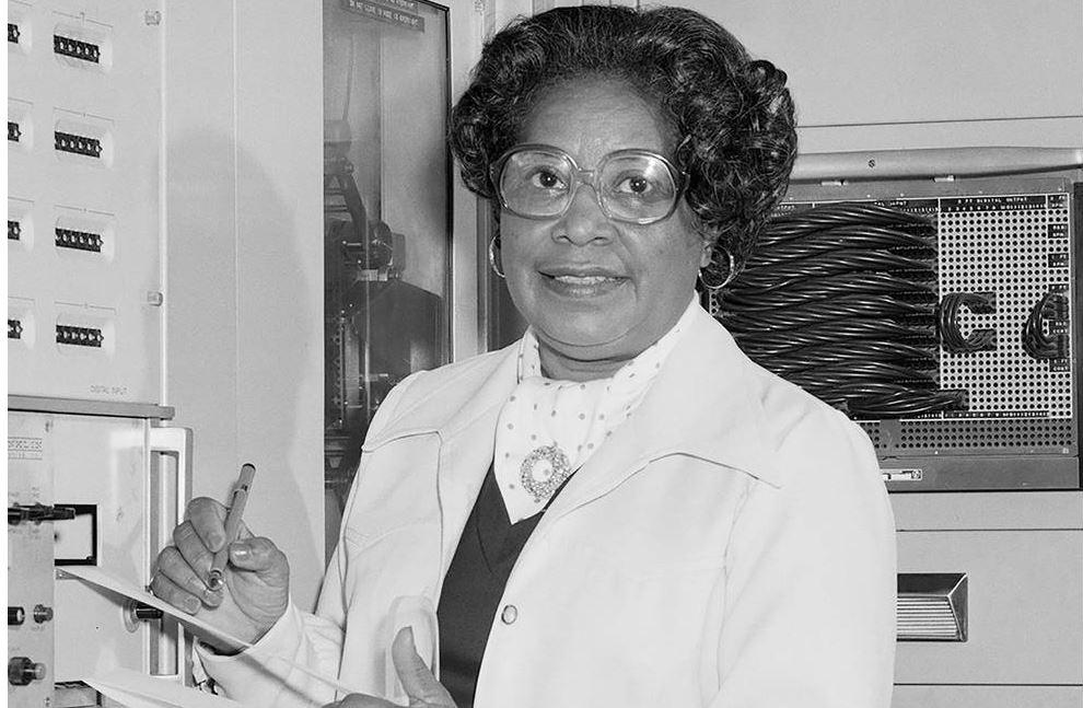 NASA honra a primera ingeniera negra con nombre de sede central