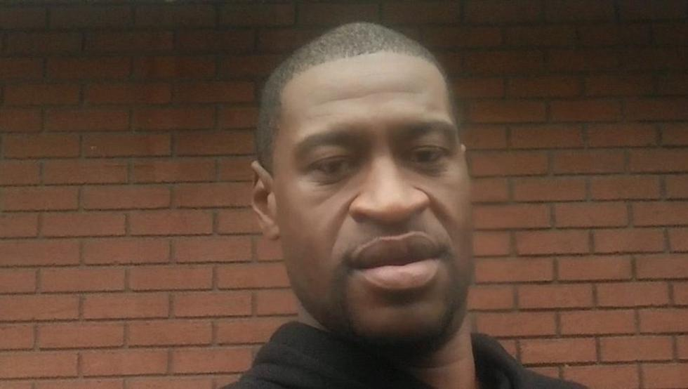 Autopsia confirma que George Floyd murió por asfixia