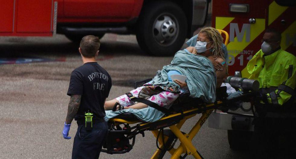 EE.UU. supera los 120.300 muertos y 2,31 millones de contagios de COVID-19