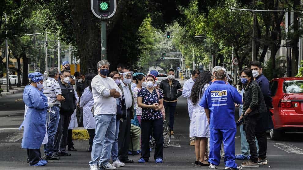 México espera olas de hasta un metro en el Pacífico sin grandes riesgos