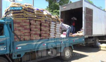 Autoridades continúan permitiendo el trasbordo de mercancías en punto fronterizo