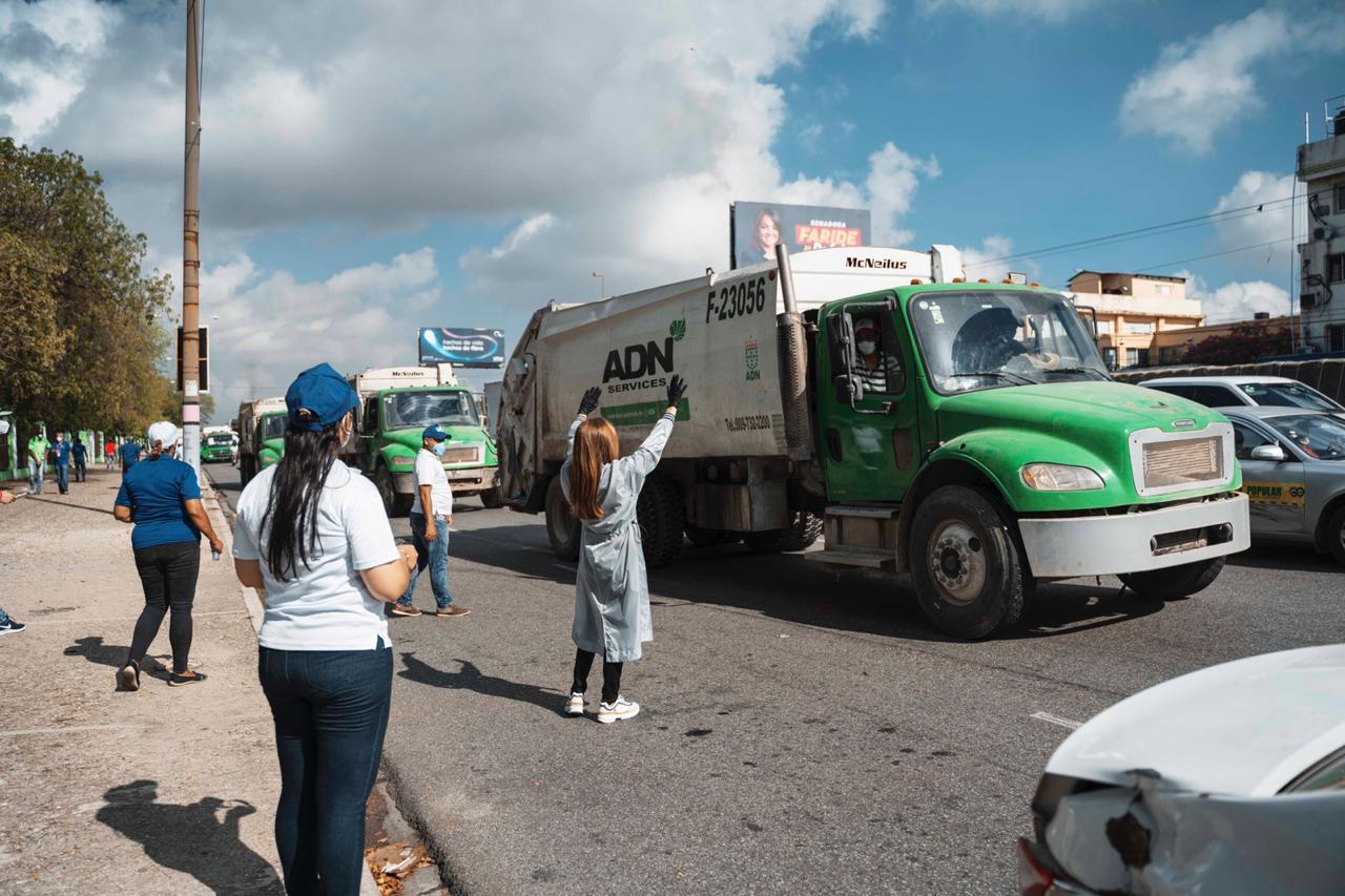 Carolina Mejía encabeza gran operativo limpieza del ADN en toda la capital