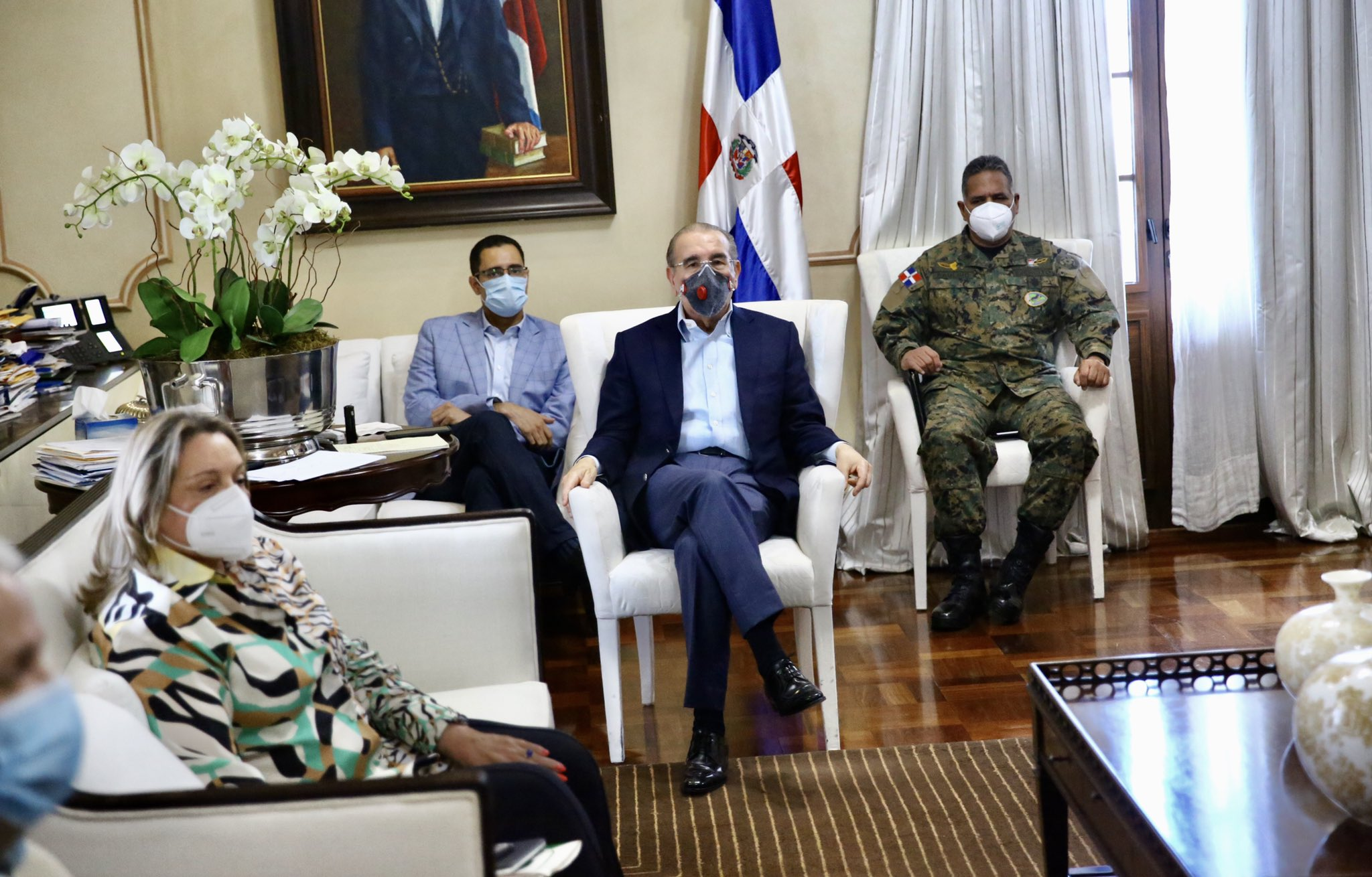 Medina se reúne con el comité de emergencias para el combate del coronavirus