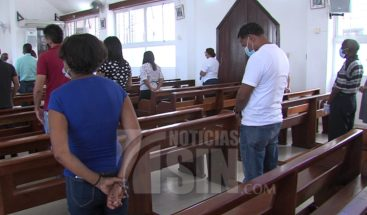Iglesias inician sus actividades bajo protocolo sanitario
