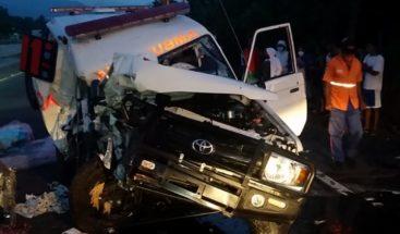 Un muerto y un herido tras ambulancia perder el control y estrellarse