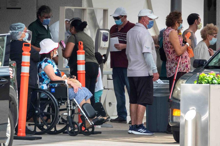 Florida suma hoy 9.488 casos de la COVID-19 y en un mes casi 120.000