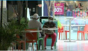Restaurantes reabren sus puertas con protocolos sanitarios