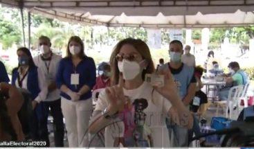 Carolina Mejía hace un llamado a ciudadanos de acudir a votar