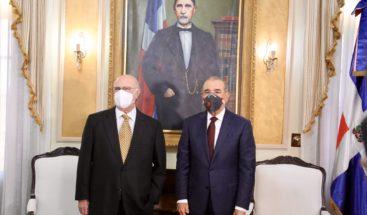 Hipólito Mejía en el Palacio Nacional: