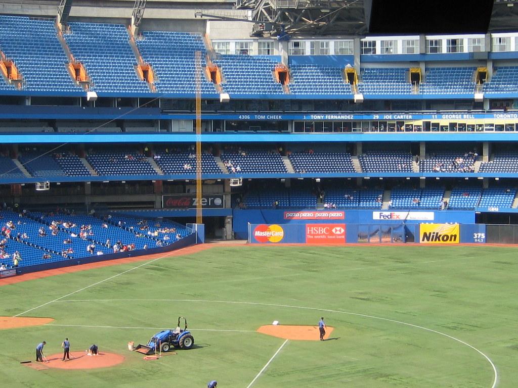 Azulejos reciben autorización para entrenar en el Rogers Centre en Toronto