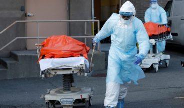 EE.UU. supera los 155.300 muertos y 4,7 millones de contagios por COVID-19