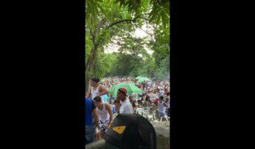 Denuncian grupo de personas viola distanciamiento físico en Bonao