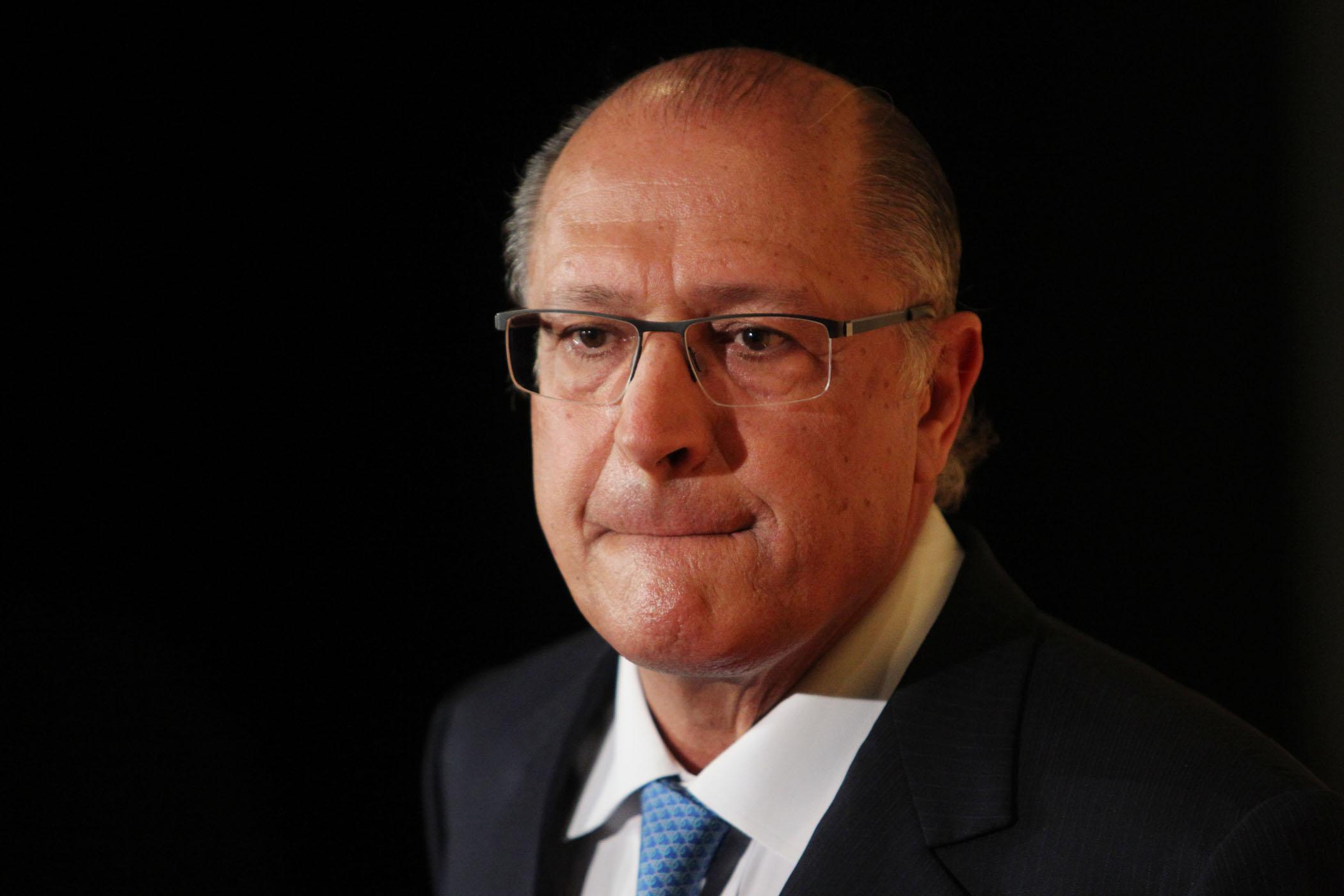 Denuncian a excandidato presidencial en Brasil por el caso Odebrecht