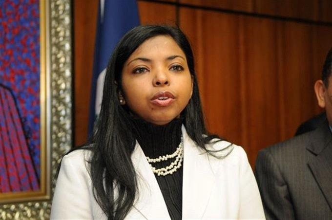 Yeni Berenice pide al Ministerio Público dejar sin efecto ascensos recientes; Procuraduría le responde
