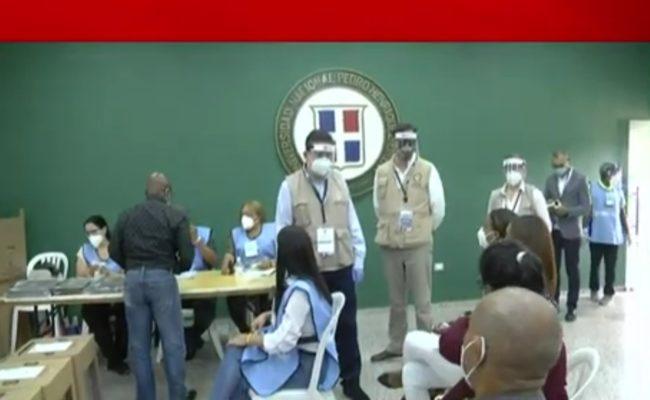 Observadores califican de positivo el montaje del proceso electoral