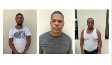 Tres meses de prisión preventiva a acusados de organizar viales ilegales