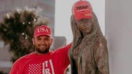 Familia de Selena exige no usar su imagen en acto electoral de Trump en Texas