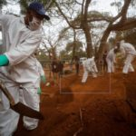 Brasil sobrepasa los 65,000 fallecidos por COVID-19, con 620 el último día