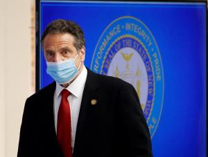 Nueva York obliga a visitantes de diez nuevos estados a hacer cuarentena