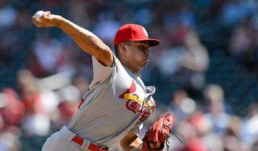 El relevista Jordan Hicks, de Cardinals, opta por no jugar en la temporada 2020 de MLB