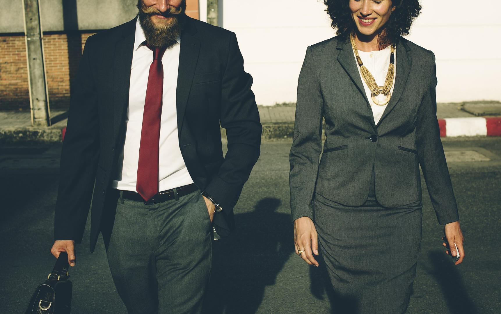 Los hombres son vistos como más brillantes, según los estereotipos implícitos