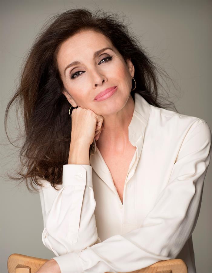 Ana Belén, al borde de los 70: Tengo la suerte de que me siguen llamando