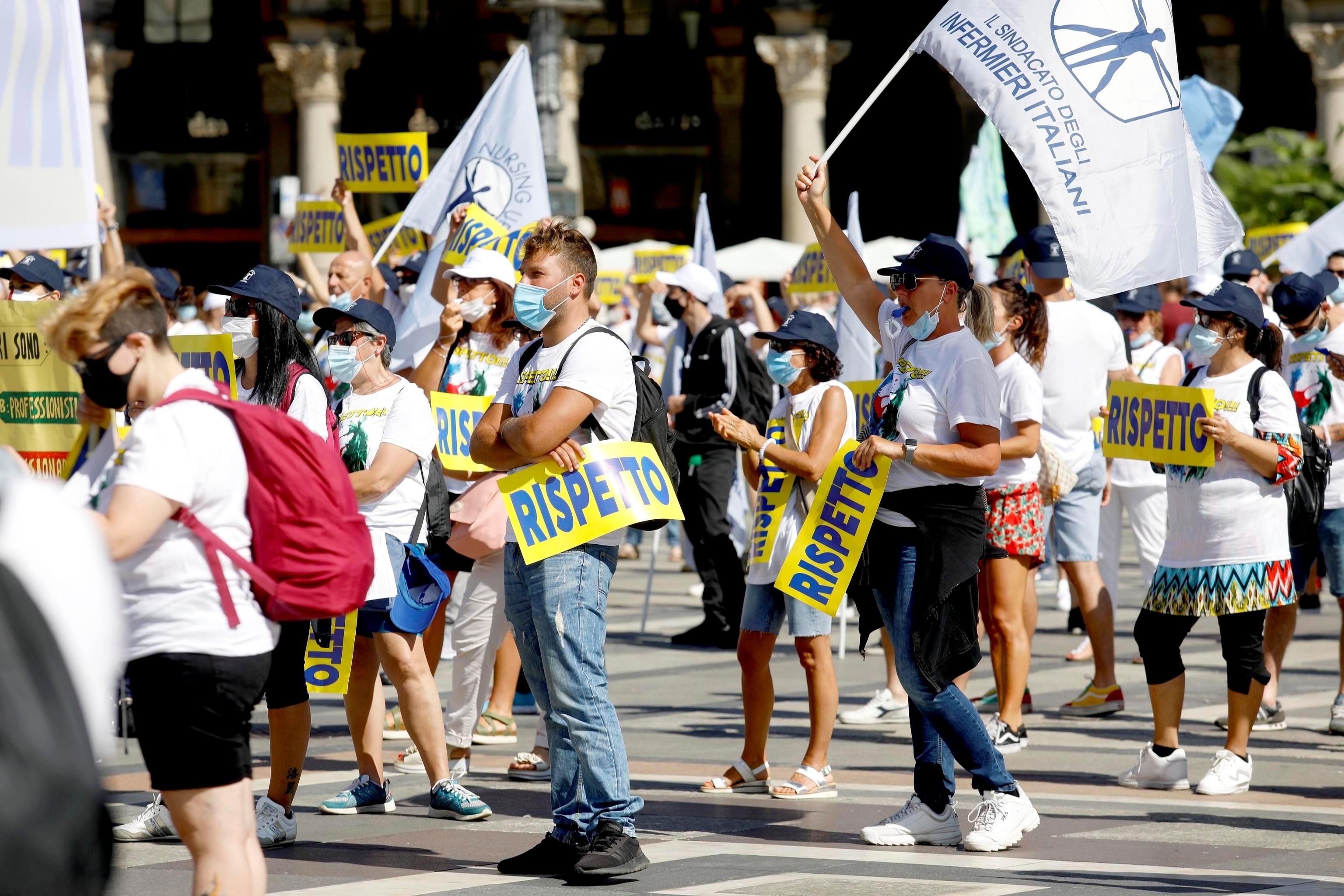 Italia registra 13 fallecidos con coronavirus y se acerca a los 35.000