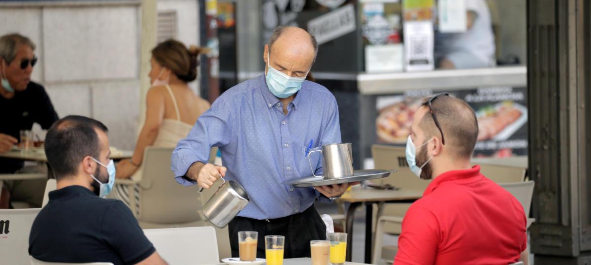 Los casos por coronavirus suben de nuevo en España hasta 1.229 en un día