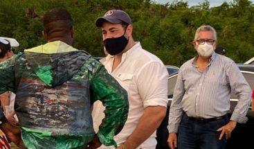 Amado Alejandro Báez sostiene encuentro en Punta Cana con el rapero Kanye West