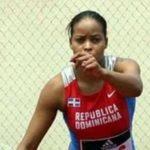 Federación de Atletismo ofrece asistencia a la atleta Juana Castillo