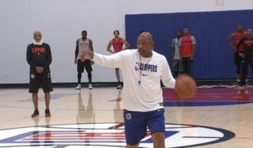 Otro positivo al COVID-19 de Clippers fuerzan al cierre de sus instalaciones
