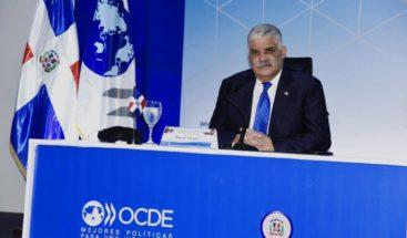 Canciller Vargas ve necesario nuevo pacto social para formalizar la economía en LAC